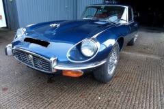 1971-Jaguar-E-Type-V12-front-nearside
